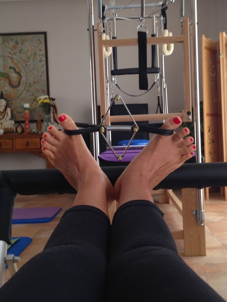 Pilates Toes Strengthening from your Roots to the Sky!